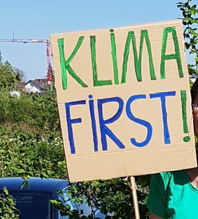 Plakat Klima first, Demonstration Fridays for Future