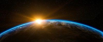 Sonnenaufgang vom Weltraum aus